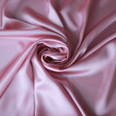 Atlasinis šilkas švelnios rožinės spalvos 3