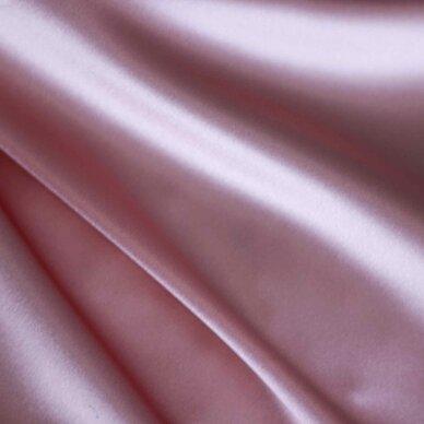 Atlasinis šilkas švelnios rožinės spalvos 2