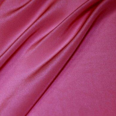 Rožinės spalvos lengvas šilkas 3