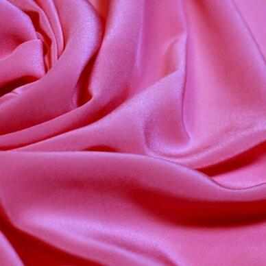 Rožinės spalvos lengvas šilkas 4