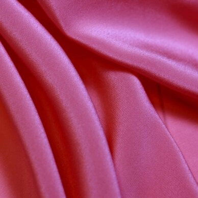 Rožinės spalvos lengvas šilkas 5